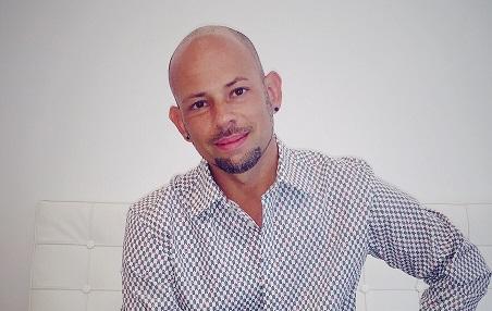 </p> <p><center>Manny Hernandez</center>